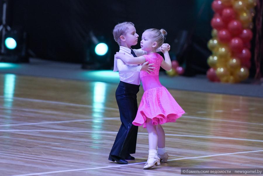 Конкурсы бальных танцев беби