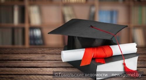 Когда диплом влом или Как журналист дипломную работу заказать  Подводить итоги университетской пятилетки принято написанием главной работы дипломной Впрочем пока одни скрупулёзно изучают подходящие источники